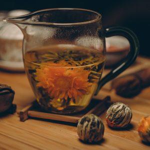 Чай в чайниках